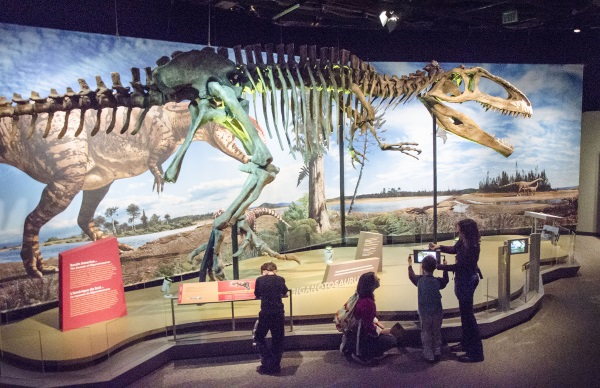 Dinosaurs Coming to Des Moines