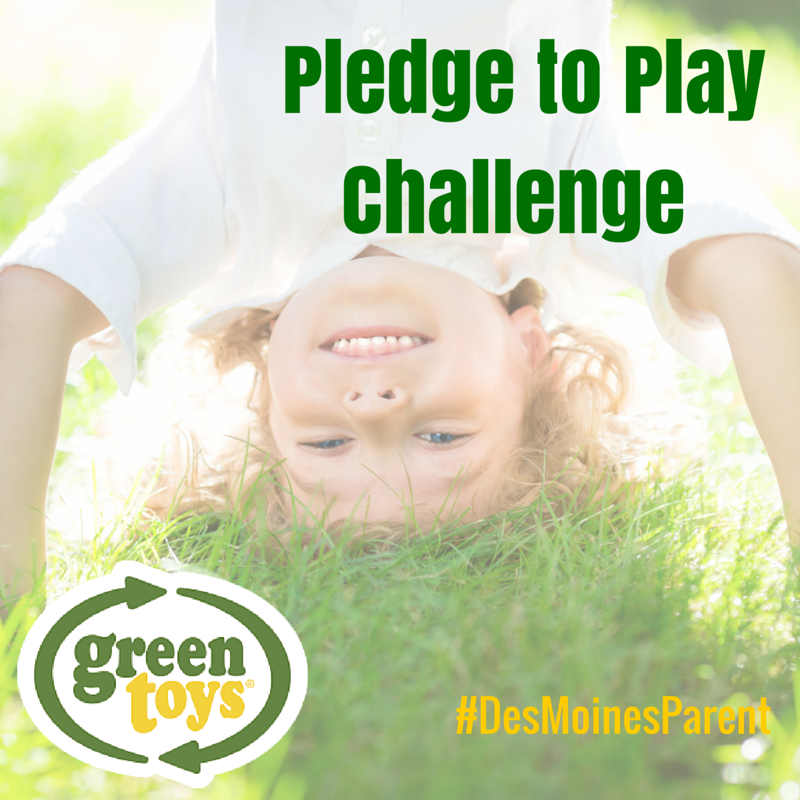 Green Toys + Pledge to Play + Giveaway!