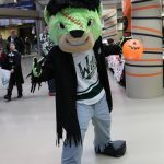 Iowa Wild: Hat Trick-or-Treat Night + Giveaway!