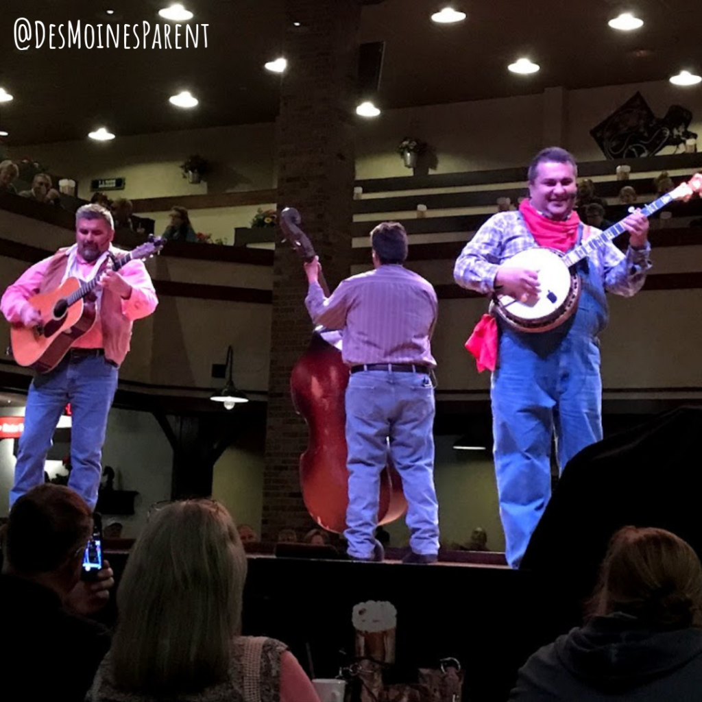 Dolly Parton's Stampede, Branson, dinner show, Missouri