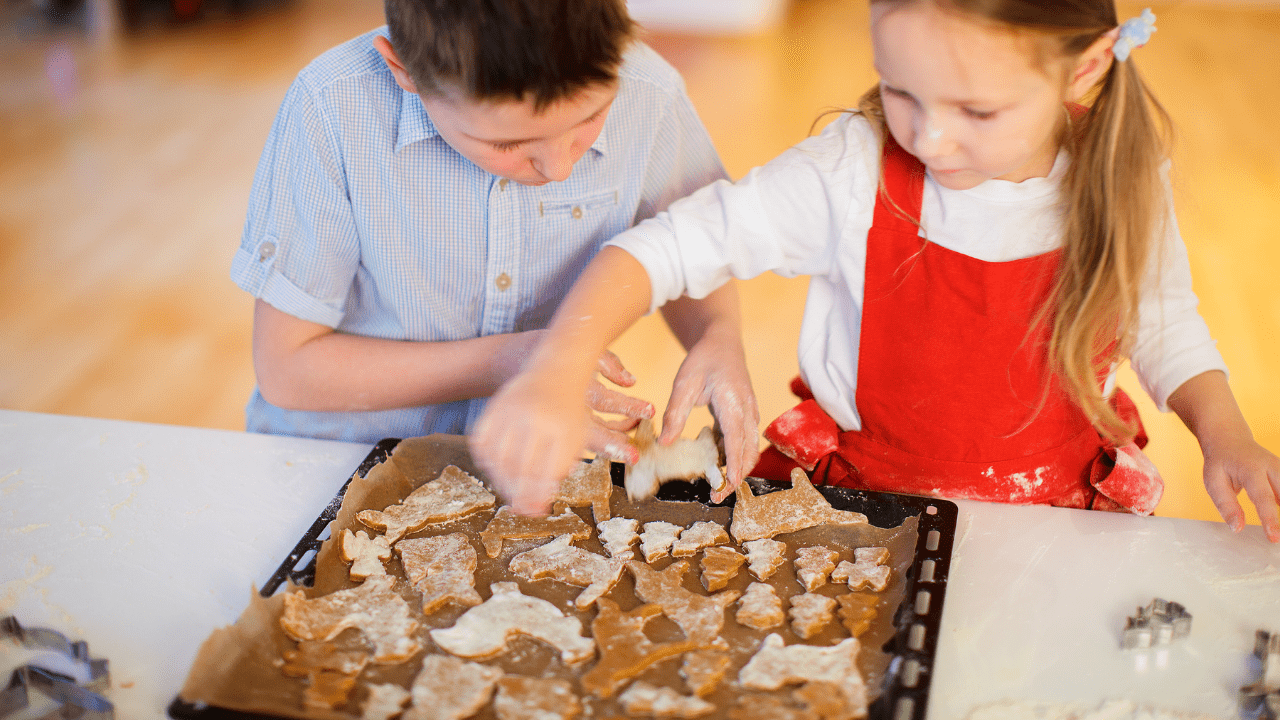 5 Fun Holiday Recipes to Make with the Kids